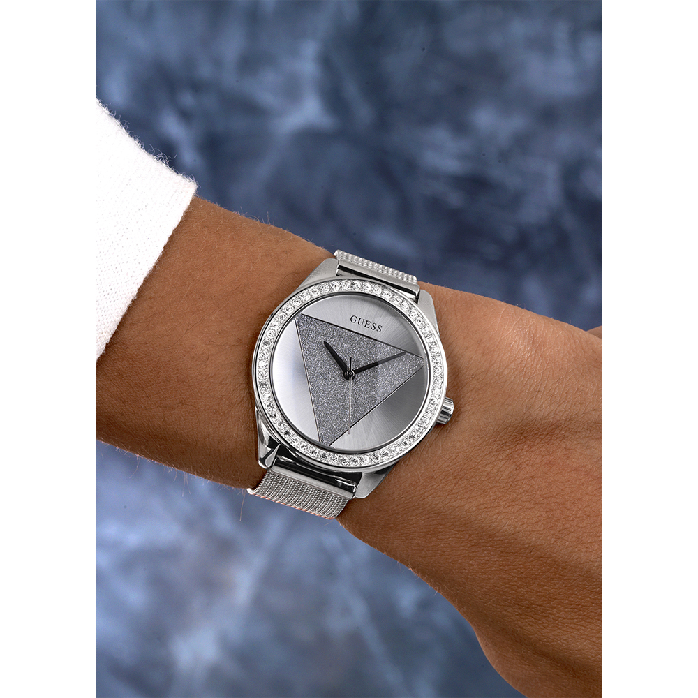 acb9935f0 Watch Silver Quartz. Silver Ladies Quartz Watch with Crystal Autumn and  Winter Collection Guess