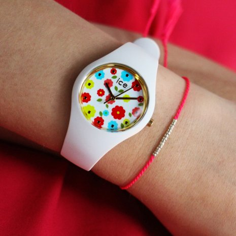 White quartz watch size Small Spring and Summer Collection Ice-Watch