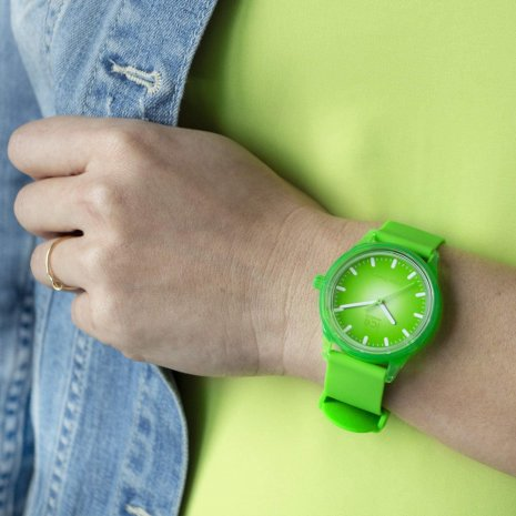 Green solar powered quartz watch Spring and Summer Collection Ice-Watch