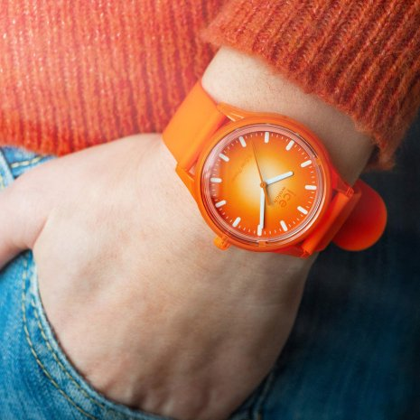 Orange solar powered quartz watch Spring and Summer Collection Ice-Watch